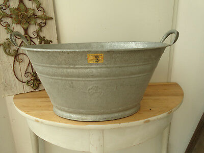S7016 Beautiful Oval Washtub Bathtub Zinc RAR 24 3/8x19 11/16in Close