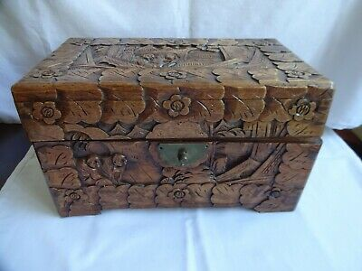"""Antique Hand Carved Wooden Box """"Monkeys In Forest"""" Height 15 cm x 25 x 14 cm"""