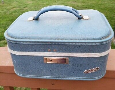 Vintage Lite-Pac by Neevel Small Suitcase / Cosmetic Bag Blue TRAVEL TRAIN CASE