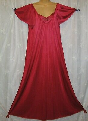Vtg Medium Vanity Fair  Red Embroidered Silky Nylon Maxi Nightgown Gown