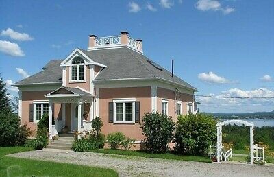 Versatile Property w/6 BR & 5 Baths - Incredible View of Lake MAGOG Estrn Twnshp