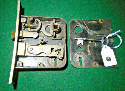"""#820 YALE MORTISE LOCK with KEY - RECONDITIONED - FACEPLATE 5 1/2"""" (11000)"""