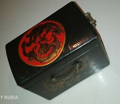 Vintage Old Casket Chinese Wood Lacquered Painted Box   With A Mirror Blek & Red