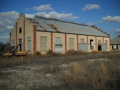 Warehouse with Office Building - READY FOR YOUR BUSINESS!!!