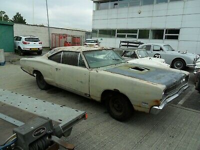 ** 1969 Dodge Coronet 2 Door Mopar 318 V8 Needs Work * Charger ** Essex **