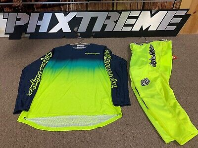 Troy Lee Designs GP Air Stain'd Navy / Flo Yellow Gear Set