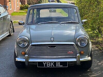 Classic Austin Mini 1100 - fully restored