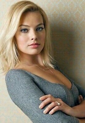 MARGOT ROBBIE POSTER 24x36 inches - HOLLYWOOD CELEBRITY PHOTO POSTER 12