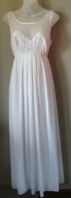 Vintage Vanity Fair Long White Nightgown Size 34
