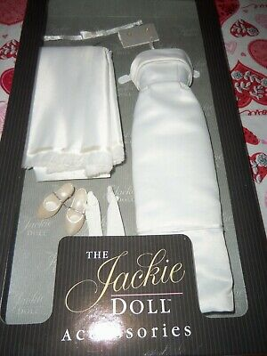 The Jackie Doll Accessories Indian State Visit Gown Ensemble Mint w/ COA LOOK!