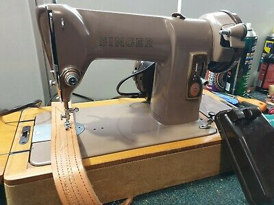 Absolutely amazing Singer 185K. Great Britain.  Looks new. Fully functional.