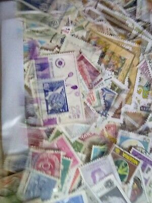 Whole World Stamp Assortment, 1000 stamps,all off paper and in good condition,