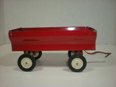 Vtg ERTL red WAGON Flare Barge 1/16 early Pressed Steel Iowa USA