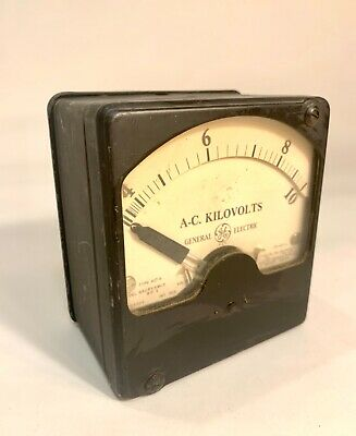 Vintage General Electric Type AD-6 Model 8AD6VBD15 AC Volt meter Gauge