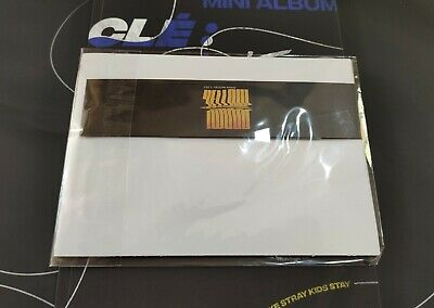 Stray Kids Clé Levanter Official Limited Calendar & Bookmark Yellow Wood Version