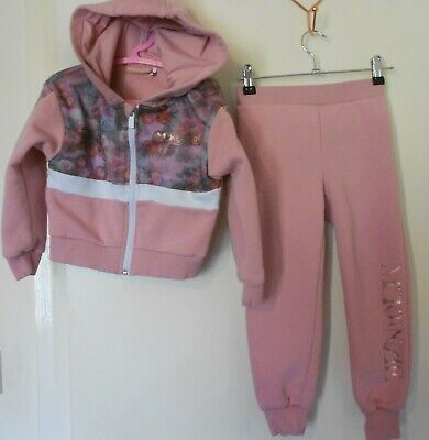 Mckenzie tracksuit Girls 6 years