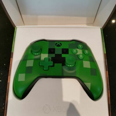 Minecraft Creeper Xbox One Wireless Controller.model 1708 used one day, 3.5 jack