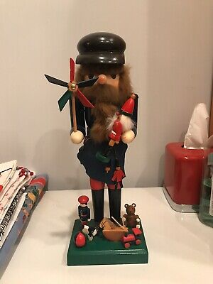 Toy maker 15 inch Wooden Gingerbread Nutcracker