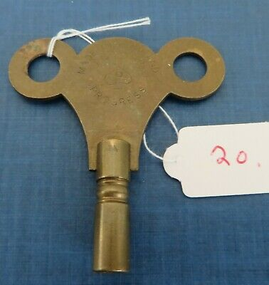 Vintage brass No. 6 clock winder key. Size No. 5 / 3.50 mm old antique winding.