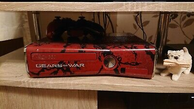 Xbox 360 Gears Of War Console and 11 games