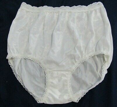 Vintage Vanity Fair Floral Nylon Brief Panties Size 7 Style 13-015 ? Ivory