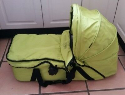 Mountain buggy bassinet. Mountain buggy carry cot. Mountain buggy bassinette