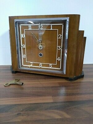 Vintage Deco Wooden Mantle Clock with Key - VR