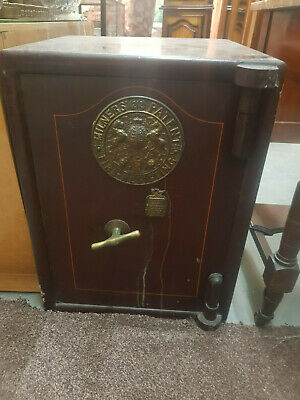 Milners Patent 212 Fire Resistant Safe. Great Condition
