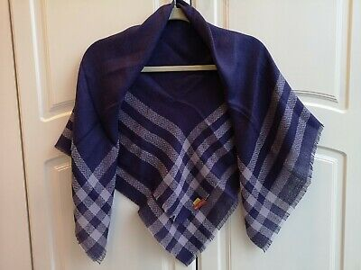 Gorgeous Women's Kuna Purple Scarf -  unique hand made from Alpaca wool