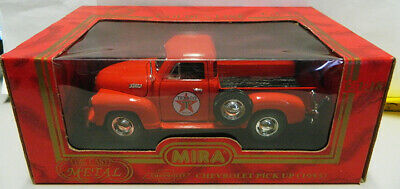 Mira Golden Line Texaco 1953 Chevy Pick Up Truck 1:18 Scale
