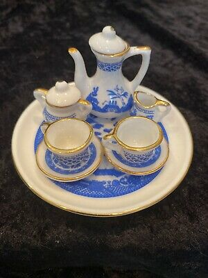 Antique ~ Child's Miniature Tea Set ~ 10 pc.BLUE WILLOW Transfer Gold PORCELAIN