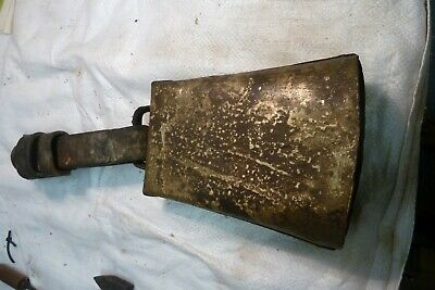 OLD HORSE OR COW BELL 7 x 5 INCHED GOOD DONGER WITH STRAP