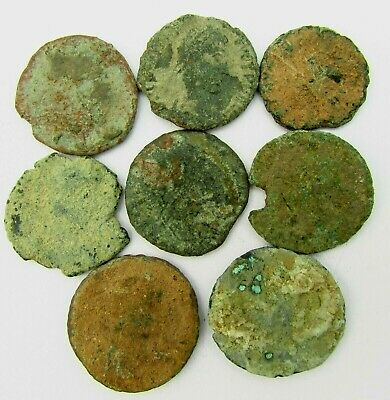 LOT of 8 ROMAN BRONZE COINS TO IDENTIFY circa 100 - 300 AD (243)