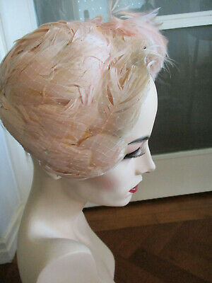 VINTAGE 1950s FEATHER HAT