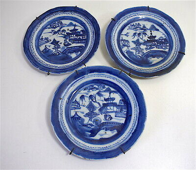 3 Assiettes Ancienne Porcelaine Chine blanc bleu Chinese chinoise china 中国