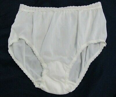Vintage Sylray White Nylon and Lace Hip Hugger Panty Size 5 Waist 26 - 28