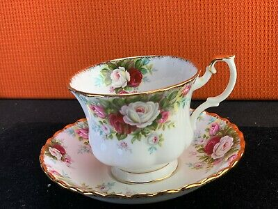 Royal Albert Old Country Roses England Tea Cup and Saucer Set
