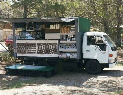 Unique Food Truck - Easy Operation - Great Condition - Ready To Trade!