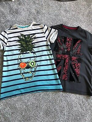 2 X Boys M&S T-shirts Age 7-8 Very Good Condition