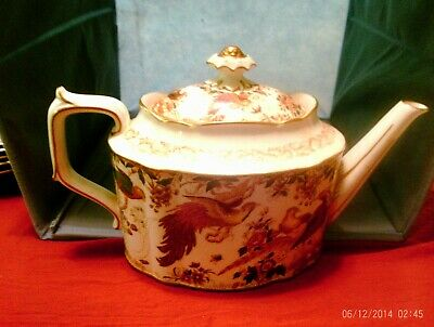"Royal Crown Derby English china Old Avesbury TeaPot, 7.5"" tall, Pristine ON SALE"