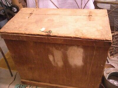 Large Antique Box with wide board Lid Smokehouse Feed Storage Primitive Top