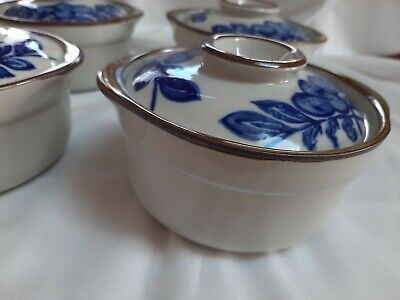 Vtg set of 4 Ceramic Rice Bowls With Lids, hand painted cobalt blue leaf, Japan