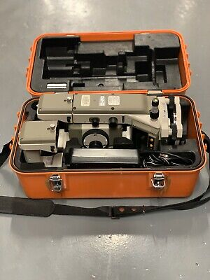 NIKON D-50 Total Station Surveying Instrument with Case Charger Extra Battery