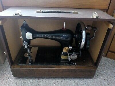 Vintage classic singer sewing machine 99k hand cranked 1920s 1930s 1940s
