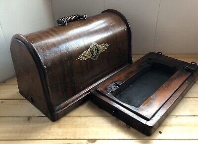 Antique Singer Sewing Machine Wooden Carry Case