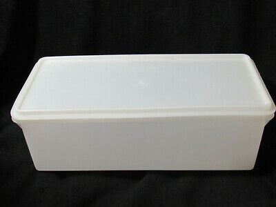 Tupperware 606 Frosted Large Jumbo Bread Keeper Container with 607 Frosted Seal
