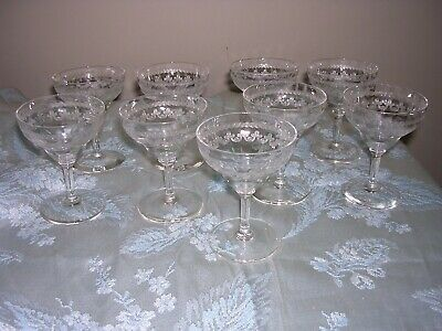 #Kj Set Of 9 Beautiful Small Vintage Etched Crystal Cordial Glasses Stemware