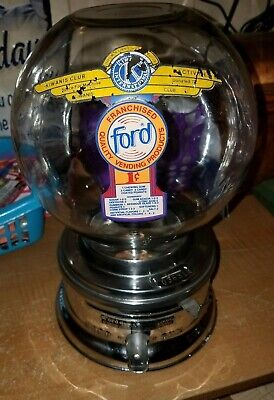 Old 1950s model Ford gumball machine penny small glass globe nice decal  036514
