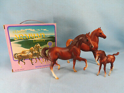 Vintage Breyer Classic # 3055 Classic Arabian Family with 1970s Giftset BOX