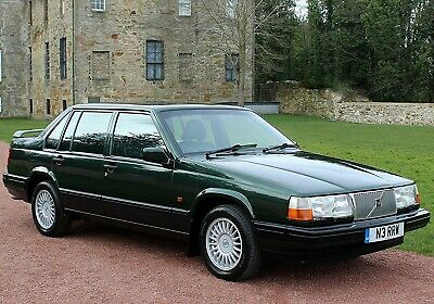 Volvo 940 2.3T Automatic Saloon, Dark Olive Pearl, Leather, Quite Stunning...